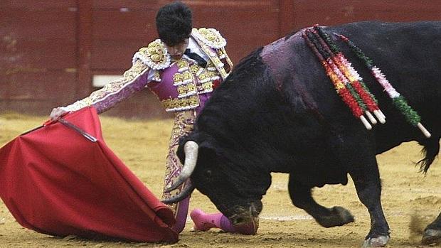 "Lopez Simon indulta a ""tonteras"" en Jerez"